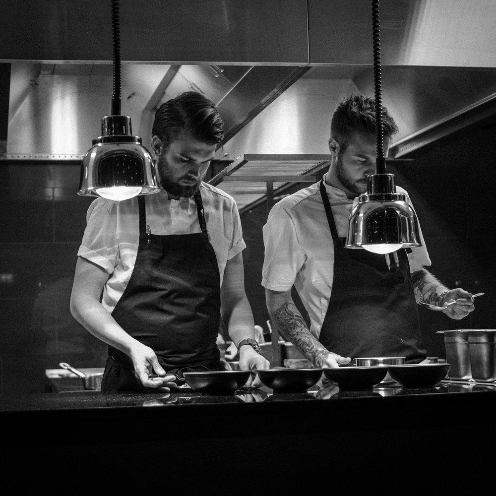 Rest restaurant oslo fotograf mats dreyer svart hvit