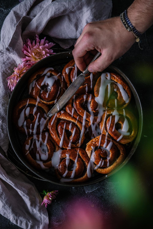 cinnamon rolls blomster fotoshoot oslo fotograf mats dreyer blogg