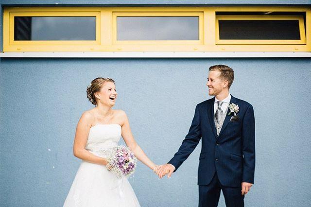 // goodbye sunday! #hutmannhochzeiten . . . #colors #wedding #weddingphotography #love #weddingshooting #weddingshoot #colorsplash #weddingphotographer #weddingday #weddingdress #bride #groom #brideandgroom #weddingphotos #shooting #portrait #weddingstyle #weddingportrait #weddingideas #summer #weddingtime #weddingseason #weddinginspo #weddinginspiration #weddinggoals #weddingfun #photography #meine_art #hochzeitsfotograf