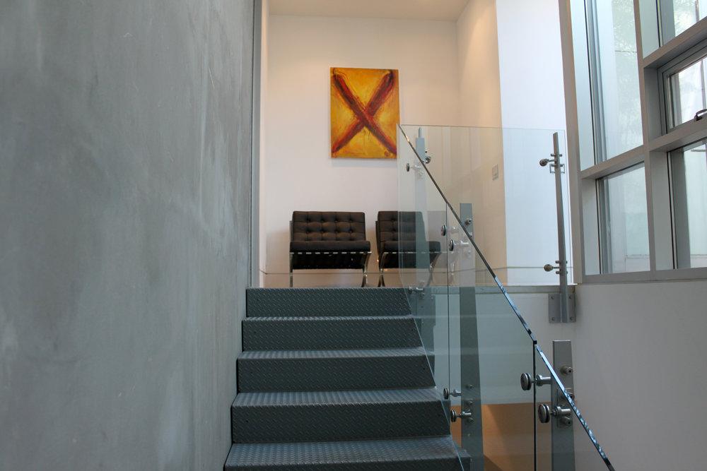main_stairs_1441epender.jpg