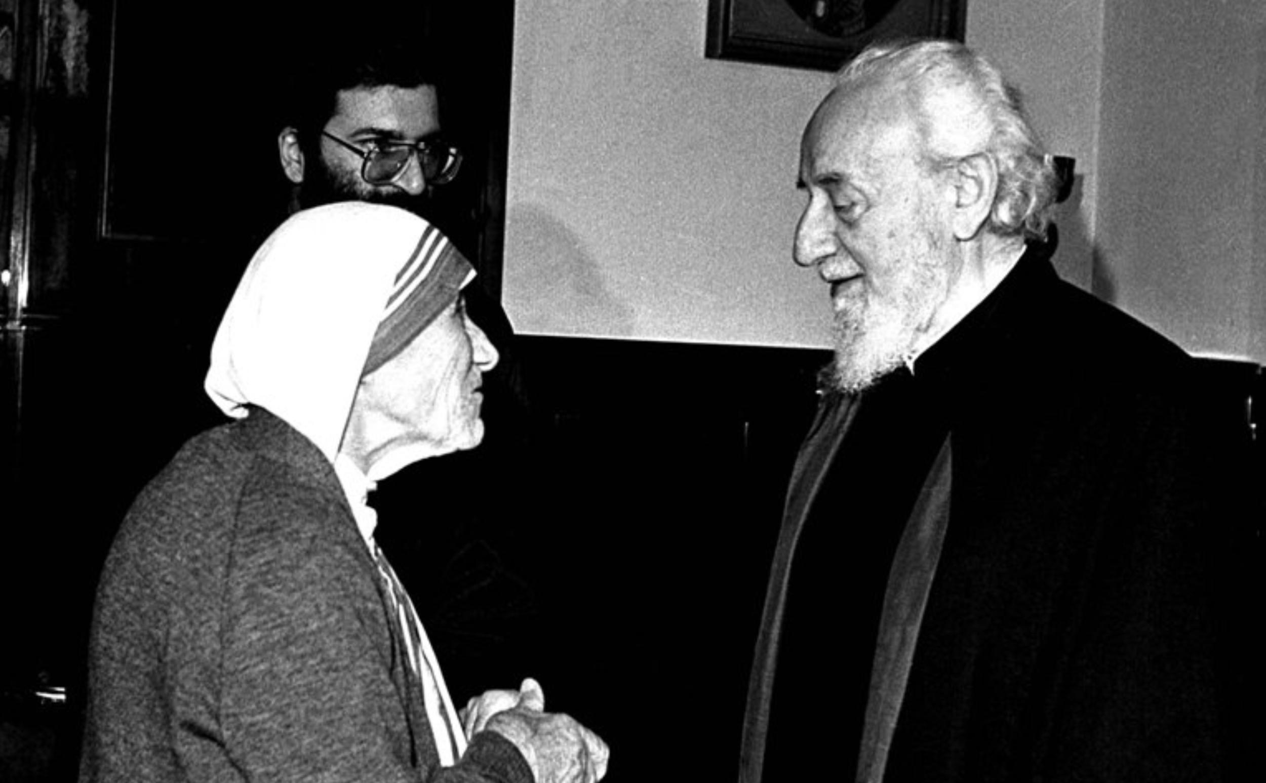 Картинки по запросу Мать Тереза призналась Вазгену Первому, что ее отец – армянин: к 110-летию со дня рождения всемирно известной миссионерки
