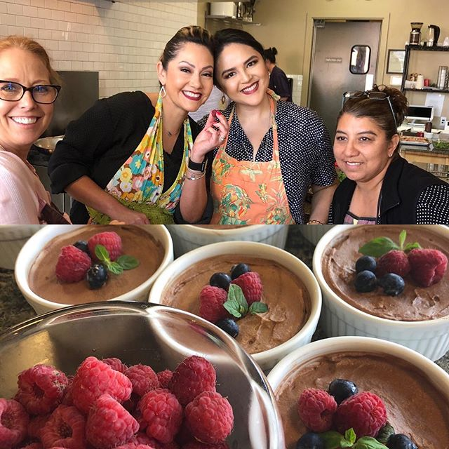 Our guests raised the bar on their dark chocolate mousse yesterday with fresh berry art  #bayareafoodie #cookingclasses #cookingclasssanjose #onthealameda