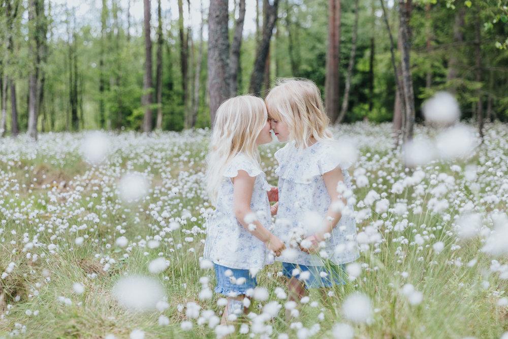 2018 05 20  Familjefotografering Almarsson, Fotograf Emy, 03.jpg
