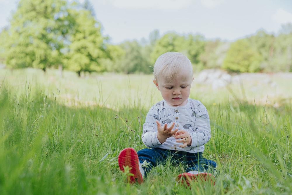 2018 05 20  Familjefotografering Almarsson, Fotograf Emy, 27.jpg