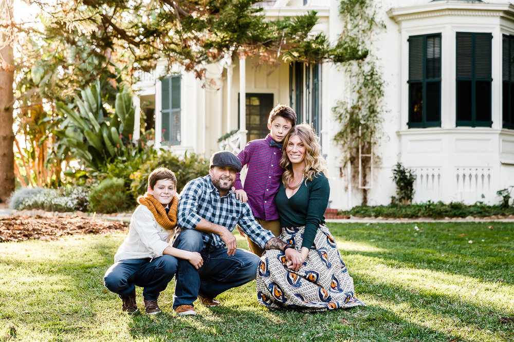 holiday gifts family photographer