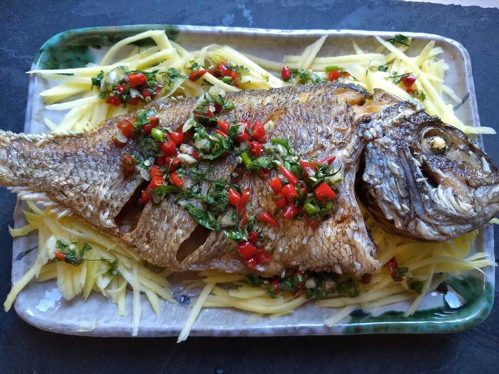 IMG_grilled-fish_182241279.jpg