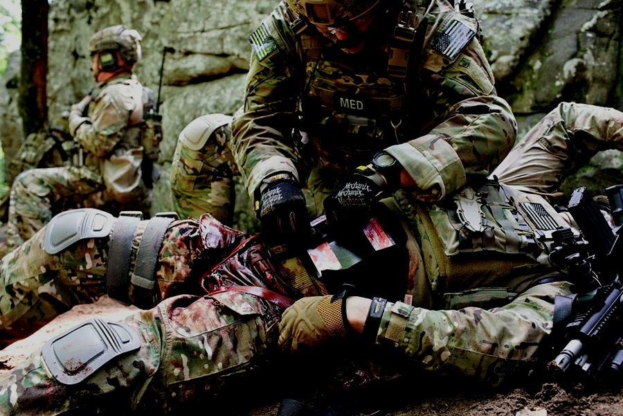 18D treating combat wounded Afghanistan