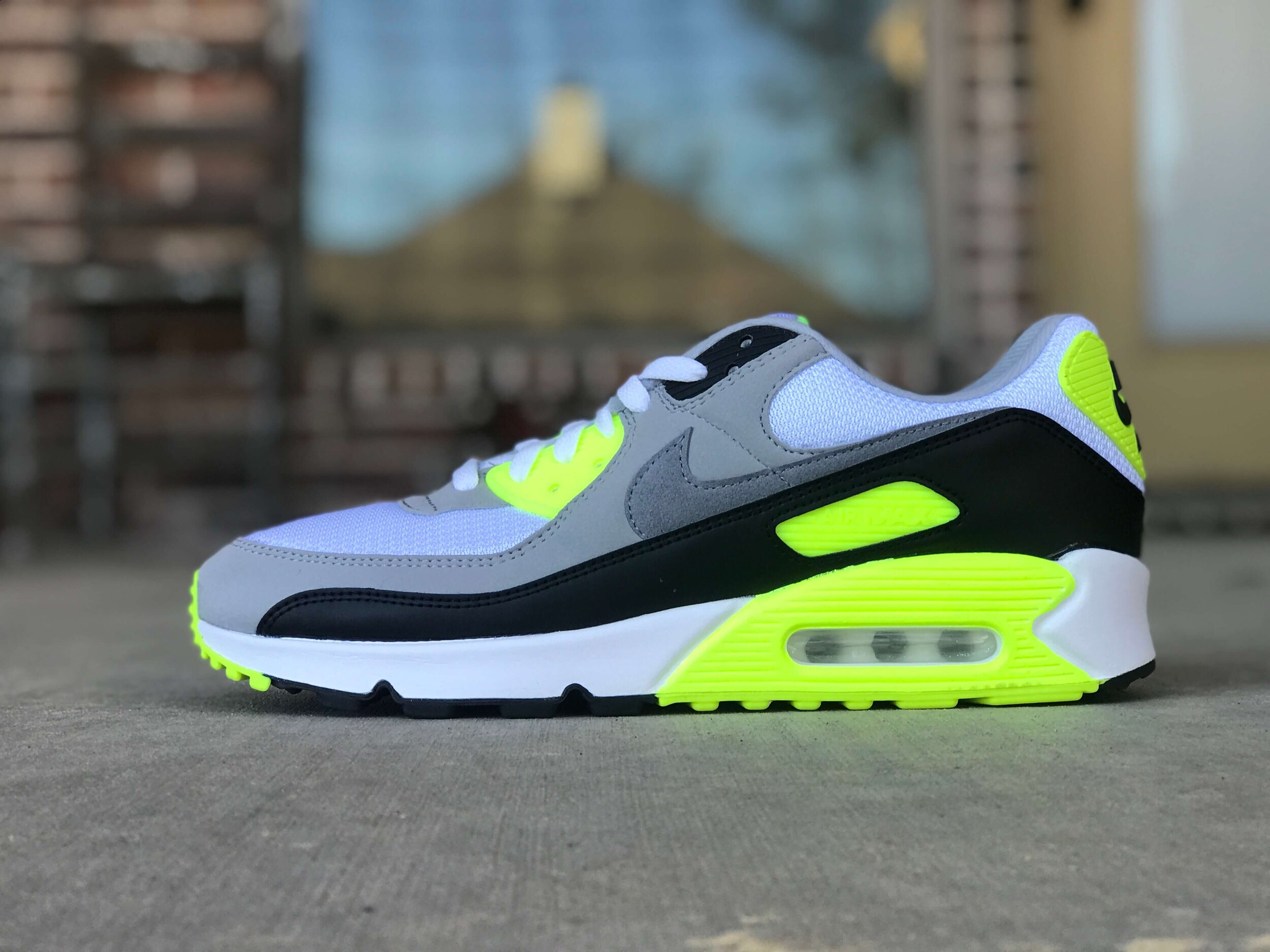 A Detailed Unboxing Of The 2020 Nike Air Max 90 \