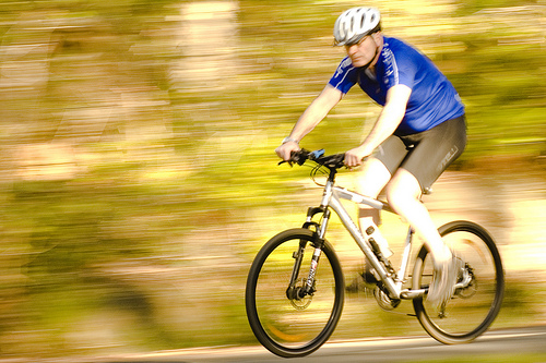 Bicycling_best-cardio-exercises