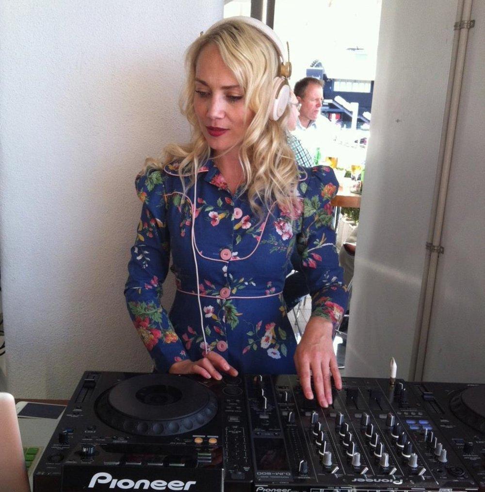 Auckland DJ - Phoebe Falconer.jpeg