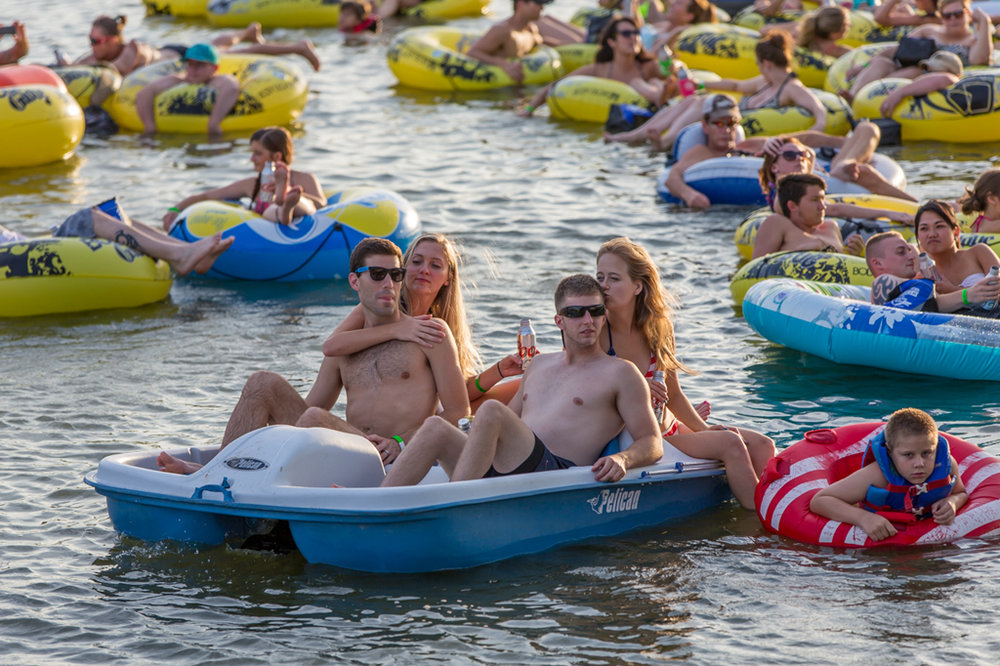 watersports rentals: - Tubes $5 ALL DAYPedal Boats $20/HRBackwoods Paddlesports Rentals:KayaksStand Up PaddleboardsCanoes