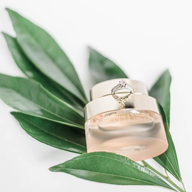 Valentine's Day is over and I'm left with so. much. chocolate!! What's sweeter than that? Diamonds, maybe? Did you get engaged yesterday?! ERP wants to hear YOUR love story! Head over to our website or DM us here and let's chat about YOU! ❤️🥰💎💍