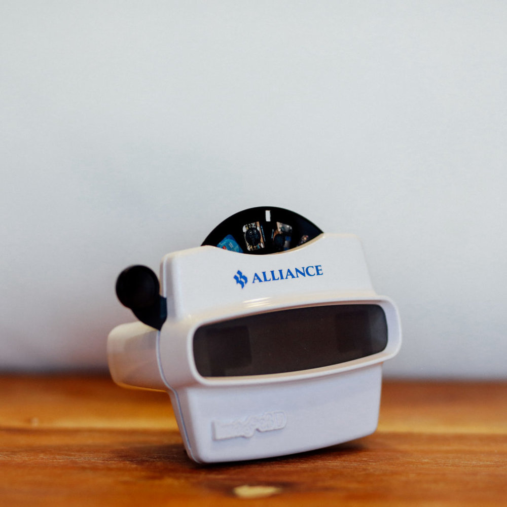 Retro Viewfinder with Custom Images on Disc