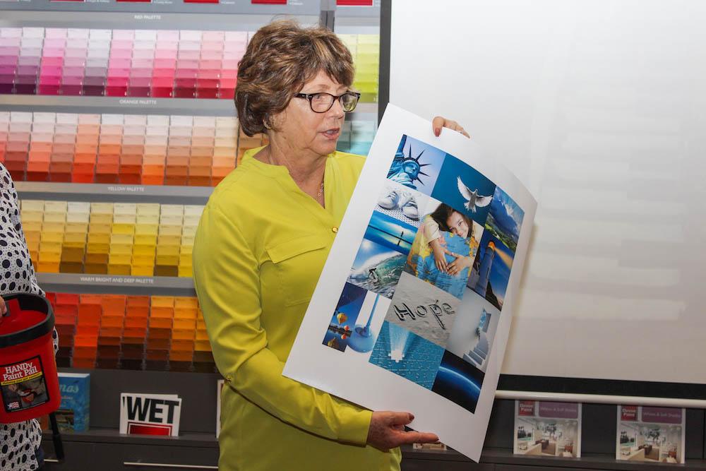 Joan-Davies-presenting-prize.jpg