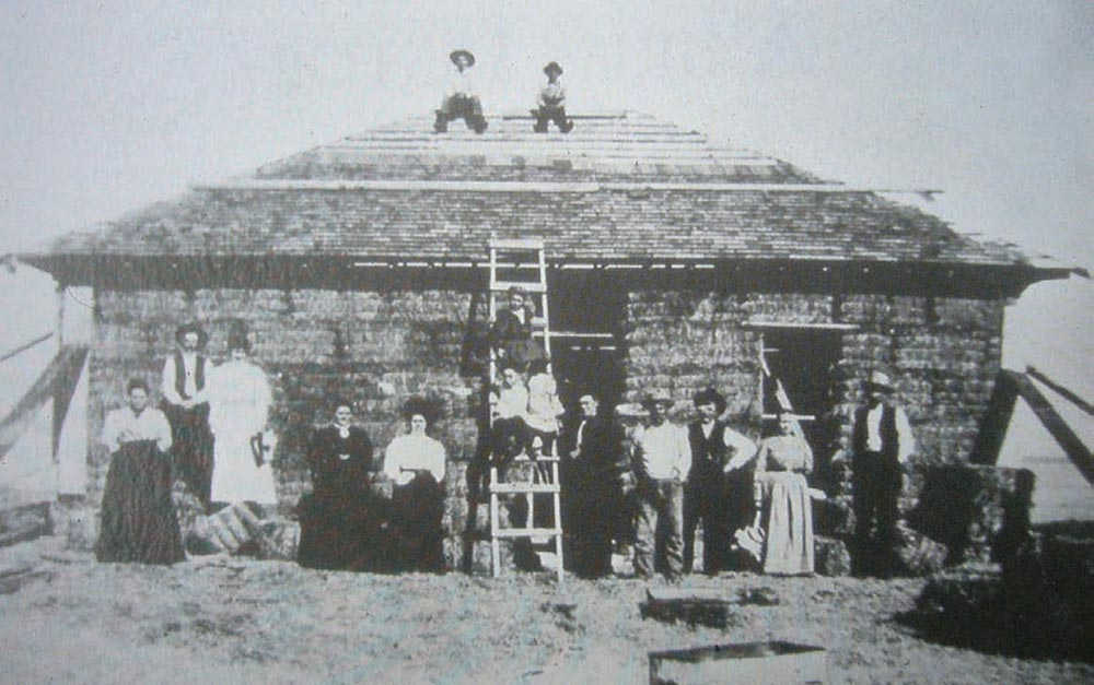 The Simonton House in Purdham, Nebraska. Built in 1908, the house remains standing today.