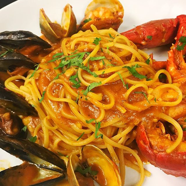 FRIDAY NIGHT OUT! If you are in observance of the season or not, seafood is always a good idea!