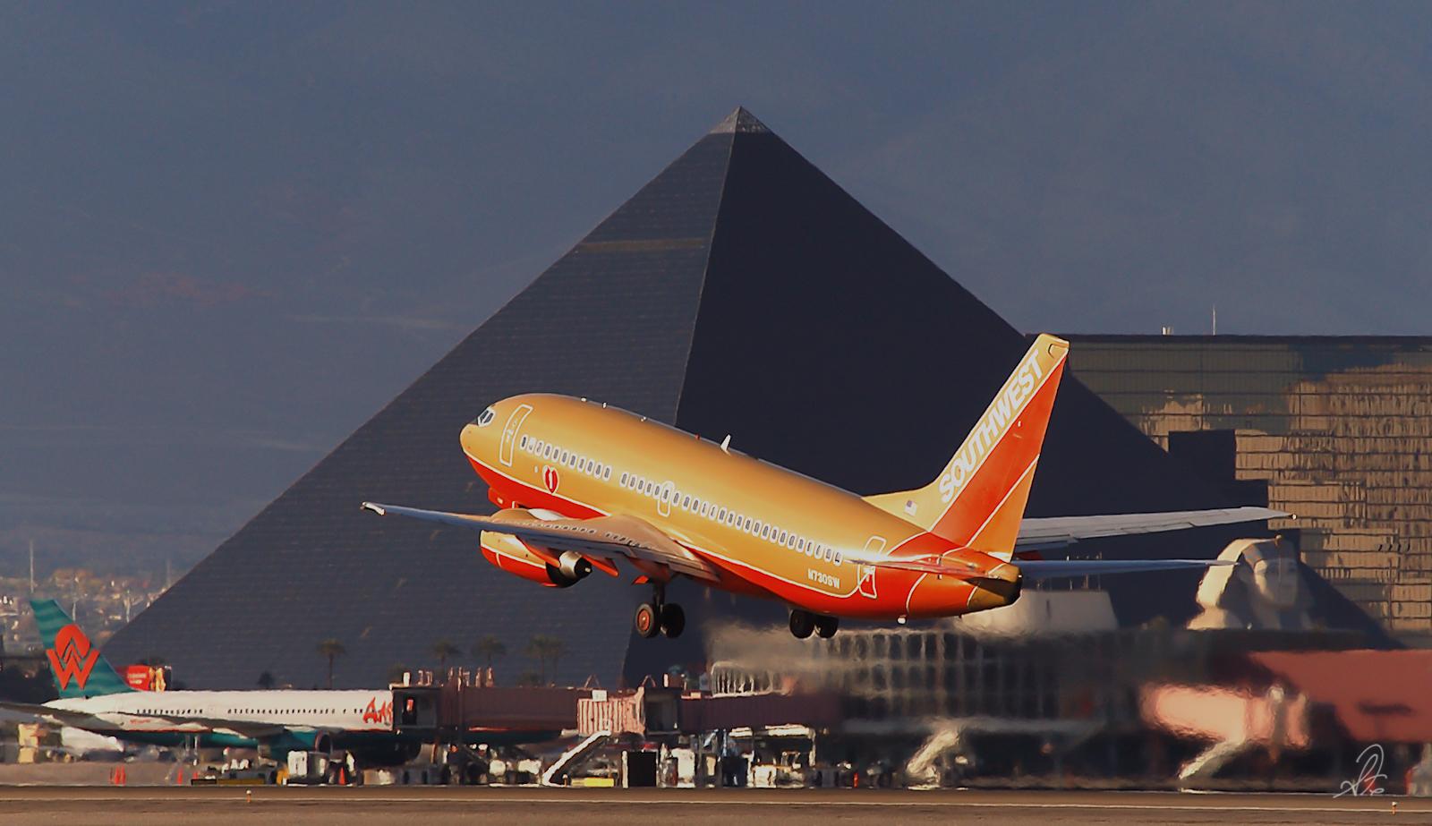 Southwest Airlines in Las Vegas Departs Over Excalibur