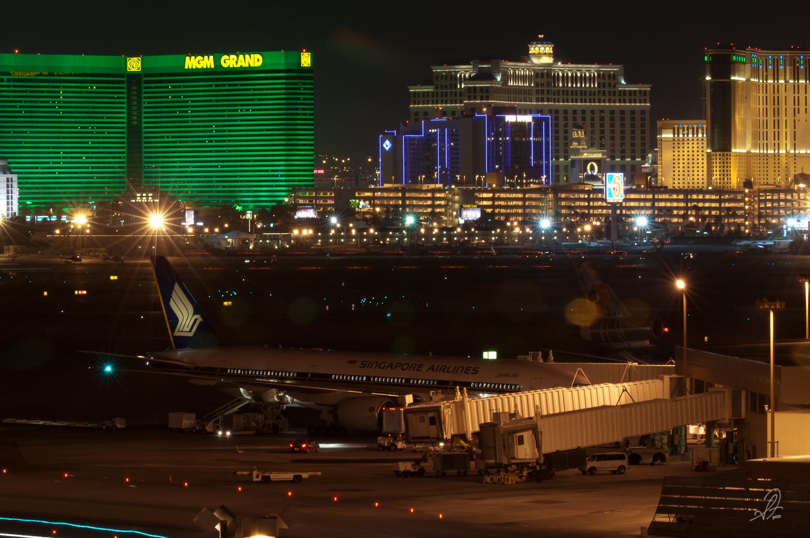 Singapore Airlines in Las Vegas Strip