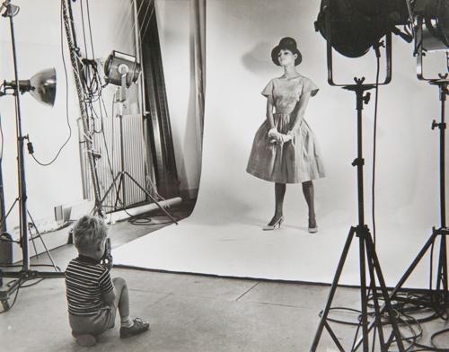 René in de fotostudio (1962)