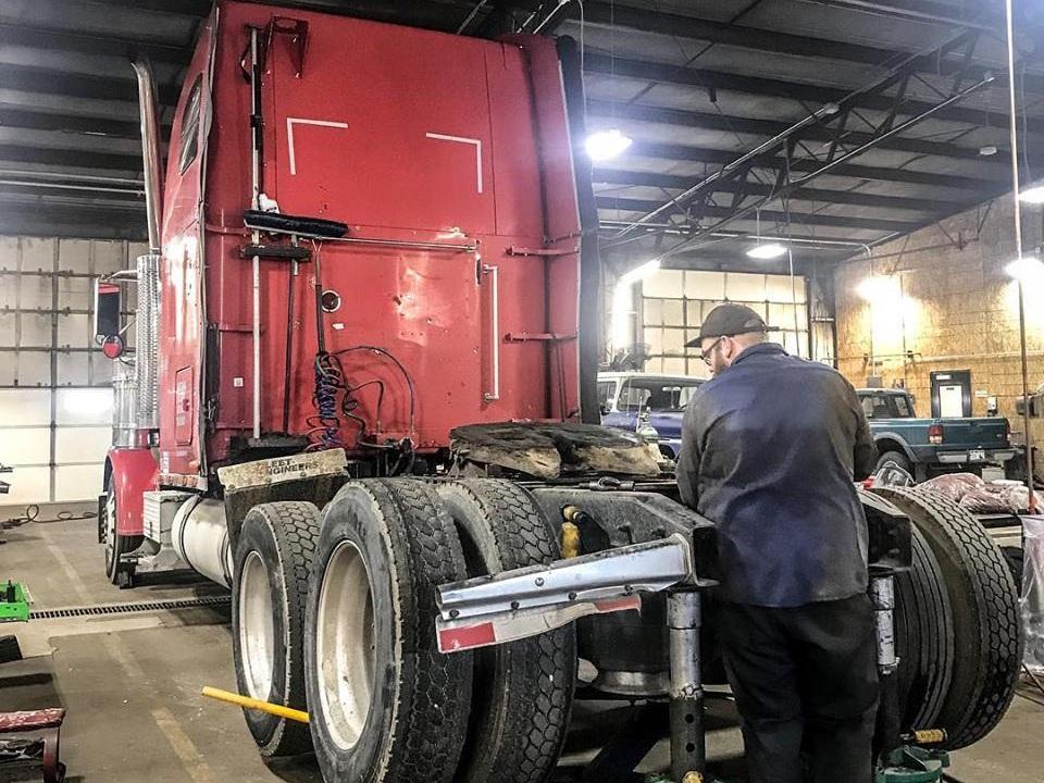 Medium Duty & Heavy Duty Trucks -