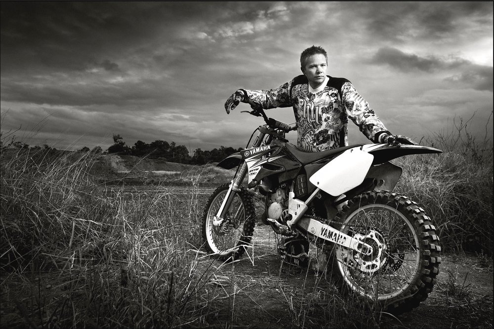 moto x portrait-flash and ambient light portrait-black and white portrait.jpg