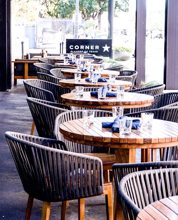 CornerBarandRestaurant-9(web).png