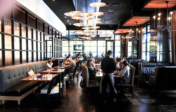 CornerBarandRestaurant-103(web).png