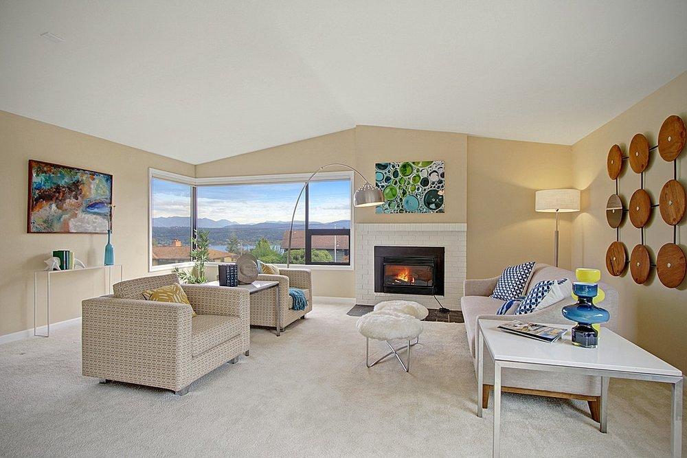 Bellevue Mid Century Modern