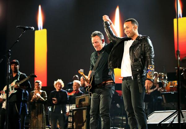 Sting+E+Networks+Shining+Light+Concert+5-LA8Y7BtBrl