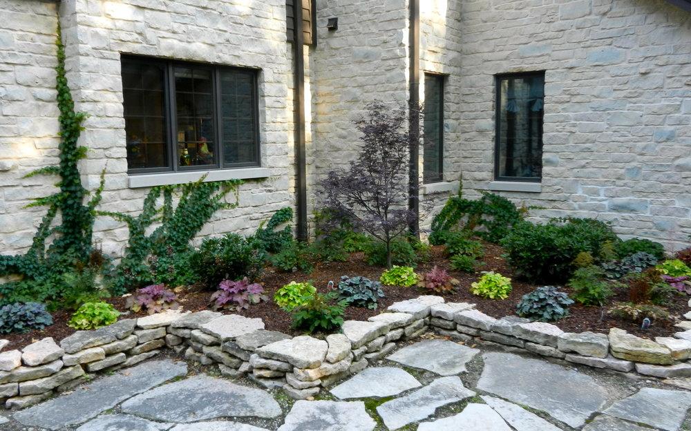 patio-wall.JPG