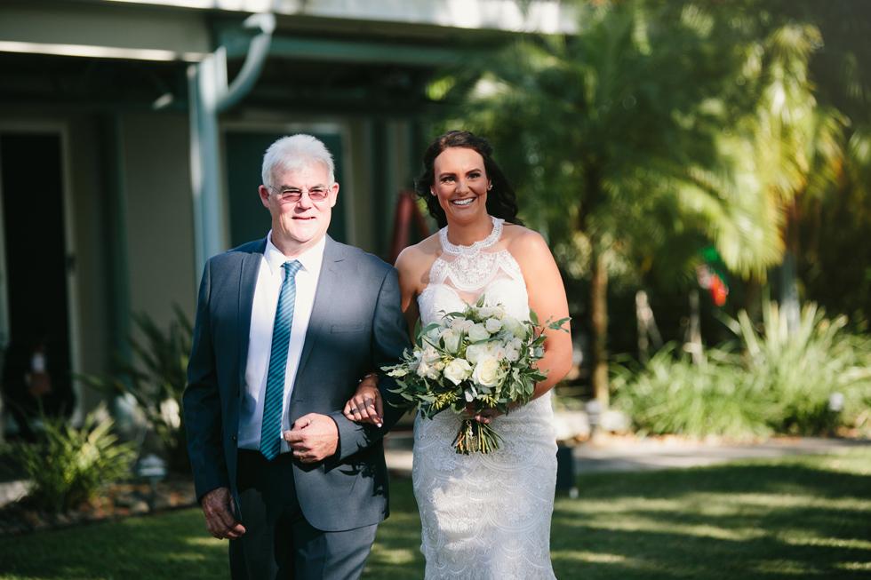 033-beach_wedding_queensland