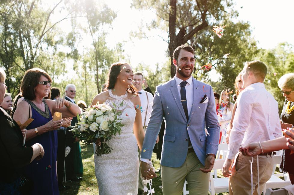 040-beach_wedding_queensland