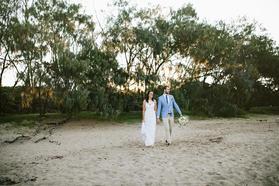 041-beach_wedding_queensland