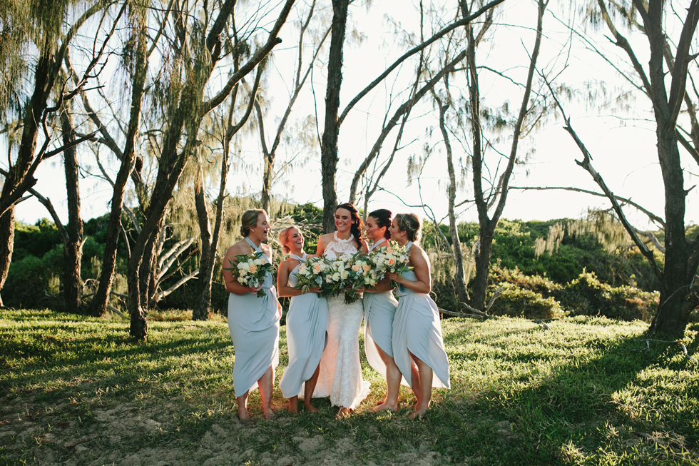 045-beach_wedding_queensland