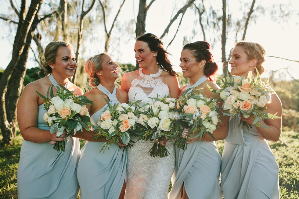 047-beach_wedding_queensland