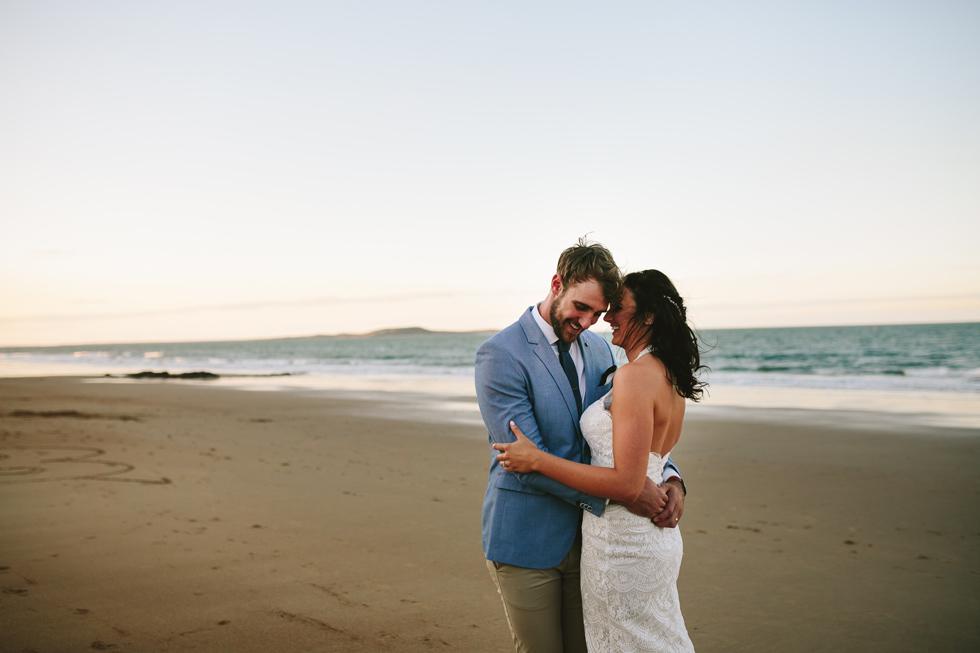 055-beach_wedding_queensland