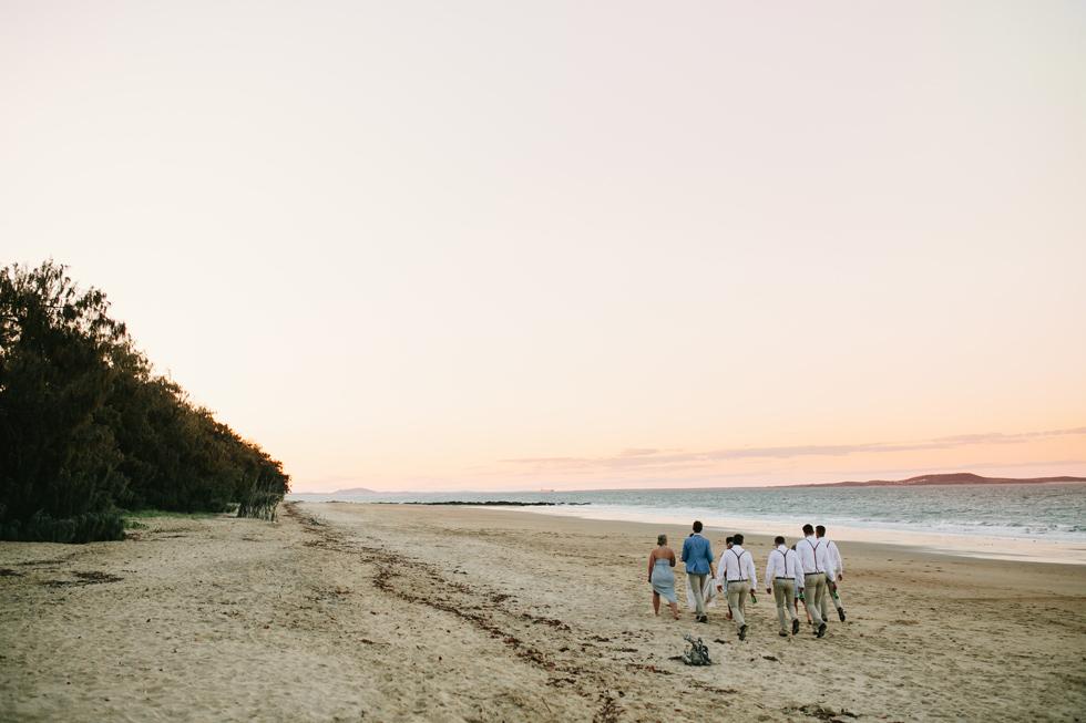 058-beach_wedding_queensland