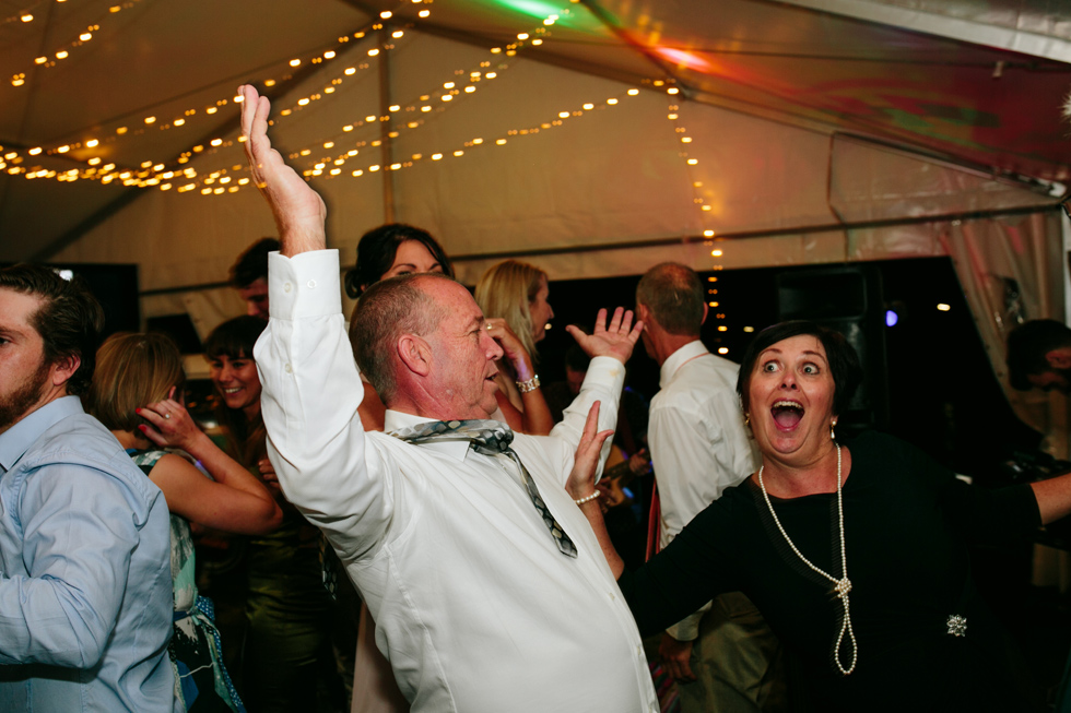088-beach_wedding_queensland