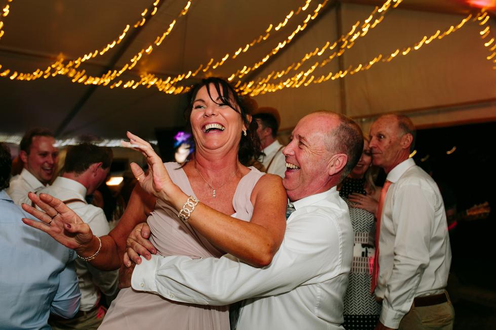 089-beach_wedding_queensland