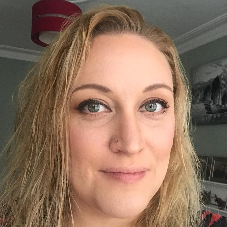 "HELEN PERRY - - ""In 18 months Rogan has helped me go from a size 18-20 to a 12 -14. I never in my wildest dreams thought that would be possible. Rogan has encouraged me and pushed me along the way whilst still managing to make it fun with 5star banter. He makes working hard fun and whilst still understanding that you have to live your life. I can't imagine being at the stage I am without his invaluable help and support! I can not recommend him highly enough."""