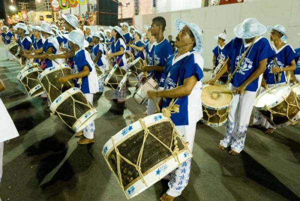 The 2007 desfile (Carnaval parade) of Maracatu Nação Estrela Brilhante do Recife
