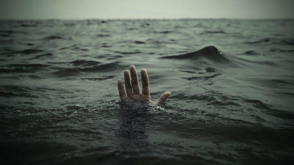 Drowning-Sea