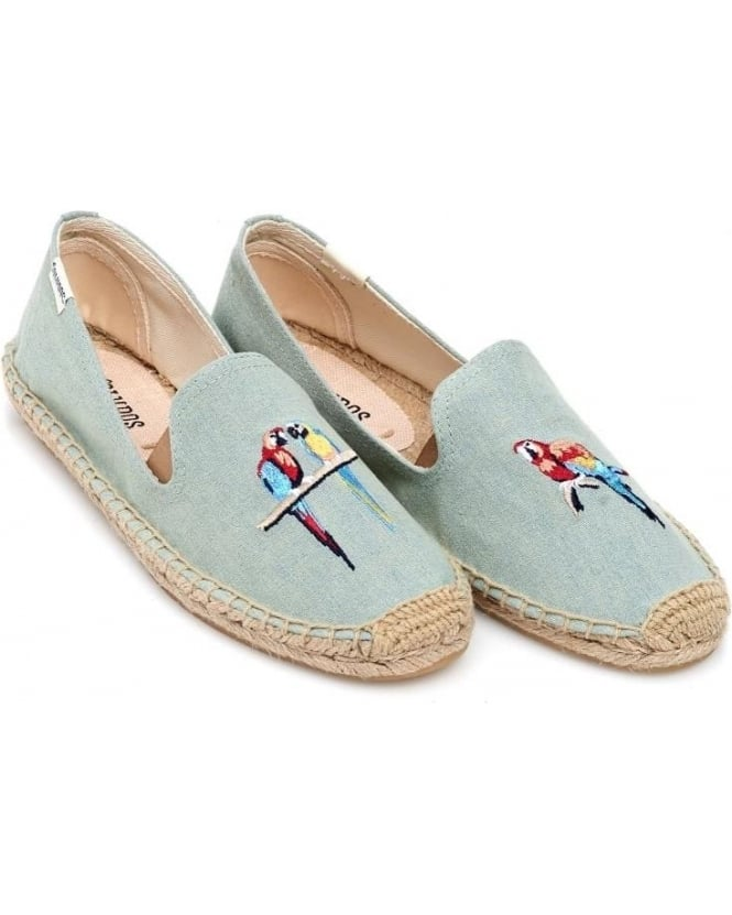 Espadrille's with parrots embroidered on.  Super cute ❤️💕 and they're comfy.