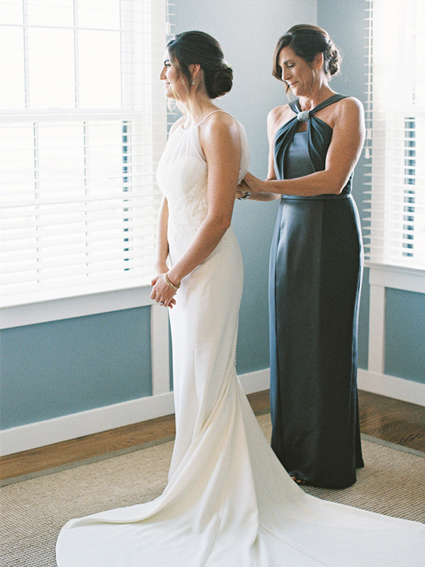RR_600x800_bride and mother against blue window wall.jpg