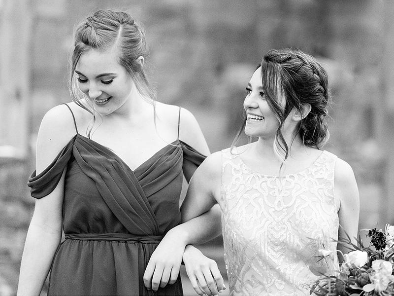 RR_800x600_bw bridal party 2 girls, wedding walkthru.jpg