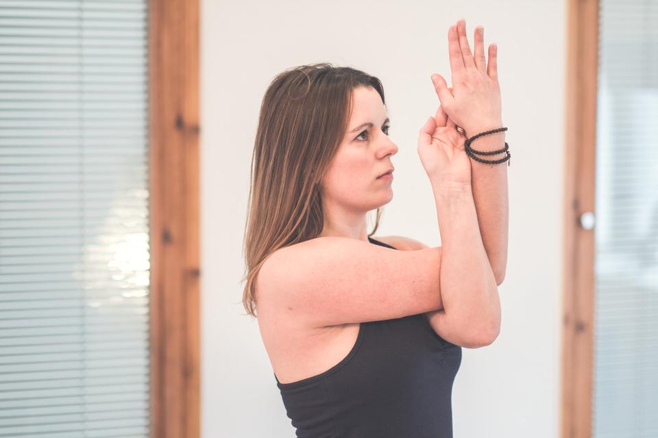 Yoga with Vikki - Robin Ball Photography-040.jpg