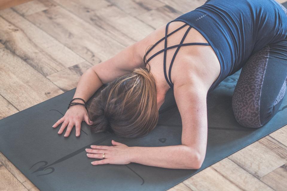 Yoga with Vikki - Robin Ball Photography-078.jpg