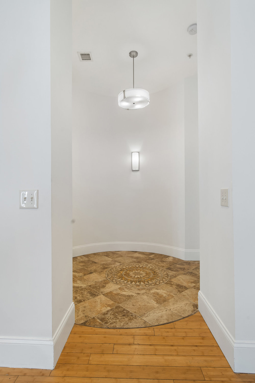 the-telephone-building-providence-rhode-island-luxury-apartment-foyer.jpg