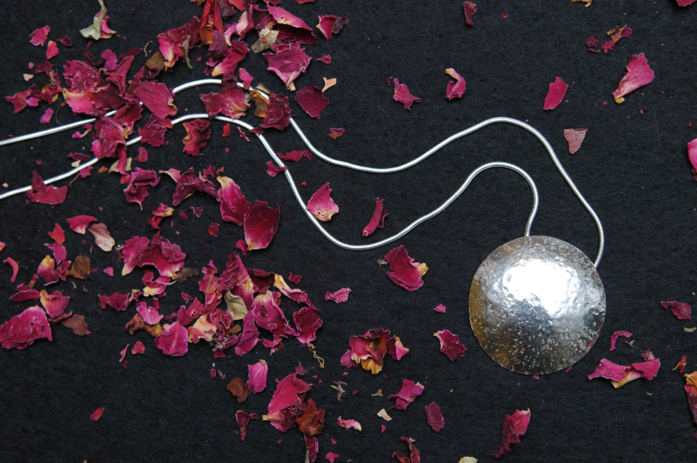 La Vidalerie - A Passion for Contemporary Artisan JewelleryDesigning, Making & Teaching