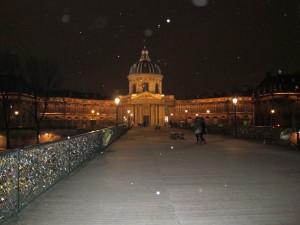 Snowy night on Pont des Arts